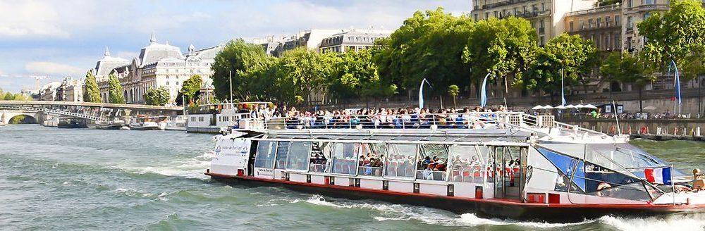Spazierfahrtauf der Seine