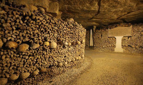Les catacombes de Paris - Billets coupe-files avec audioguide © Gilles Targat