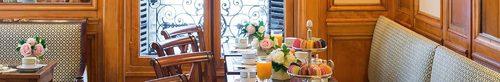 Restaurant Ladurée Paris Royale