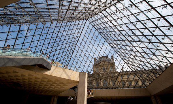 Musée du Louvre - Sous la Pyramide