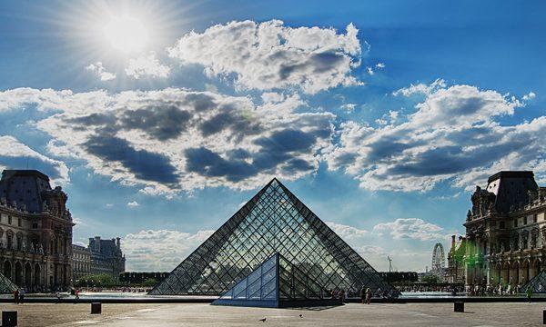 Musée du Louvre - La Pyramide
