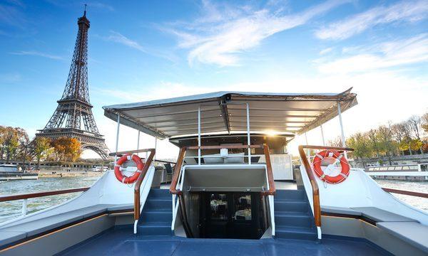 La Péniche Le Signac avec la Tour Eiffel - Pont Extérieur