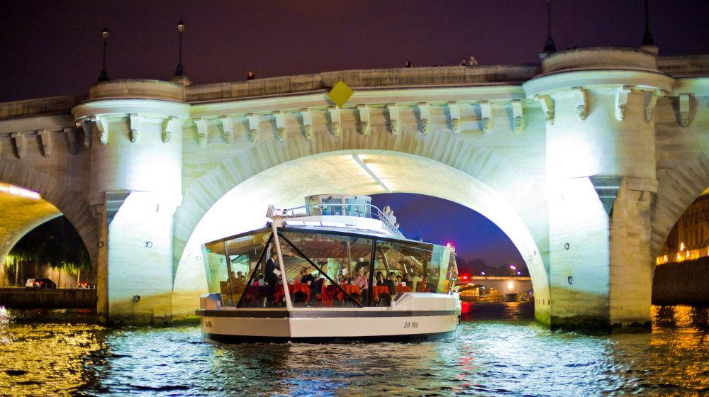 Bateaux-Mouches - Dîner-Croisière à bord du Jean Bruel