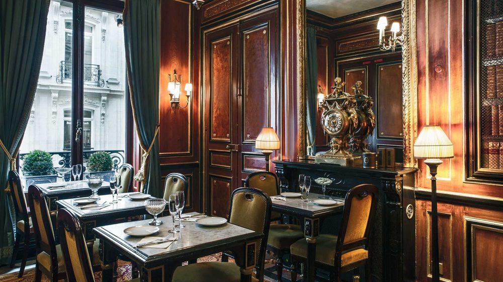 Restaurant Ladurée, 75 avenue des Champs-Elysées, Paris : salon Bibliothèque