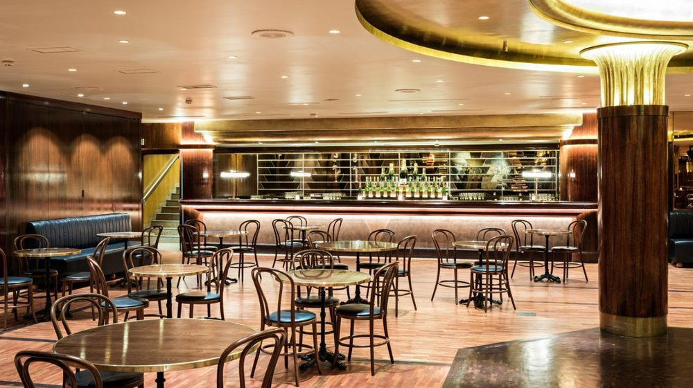 Brasserie La Coupole à Paris - Le Dancing - Soirée de Réveillon