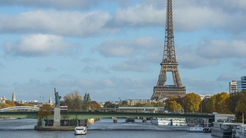 Marina de Paris - Déjeuner-Croisière à Paris pour le jour de Noël - 25 décembre