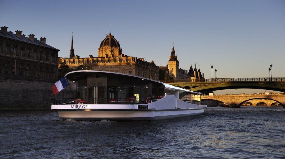Yachts de Paris - Nouvel An à Paris à bord du Bateau Le Mirage